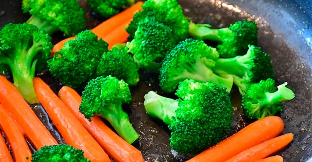 Qué verduras son más sanas si se comen crudas y cuáles es mejor ...